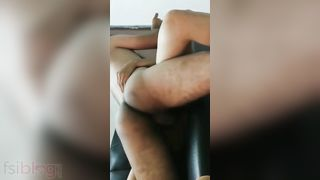 Desi girlfriend sex with her bf MMS