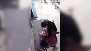 Desi college gal sex with her bf on bench