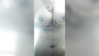 hot Desi girl naked MMS selfie movie