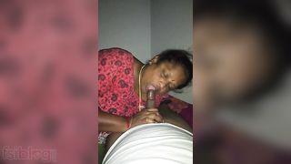 Older Mallu aunty pov oral MMS video