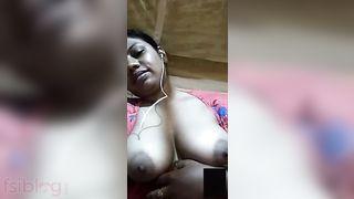 Hot big boob show selfie MMS video