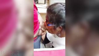 Nerdy Indian GF fellatio for the first time