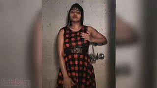 Sexy Desi exposed bathroom episode of a college angel