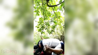 Bihari outdoor sex MMS movie leaked online