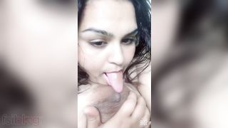 Super large boobs show of a marvelous Indian sweetheart