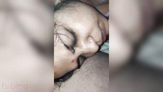 Older bhabhi lockdown Indian blow job sex