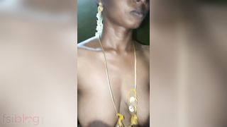 Tamil exposed MMS movie of hot Pune cheating wife