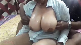 Breasty mature aunty porn video