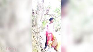 Super sexy Desi MMS outdoor sex video