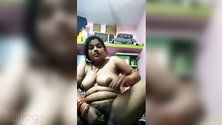 Dick hungry Indian wife dildoing her horny slit
