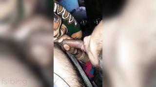 Dehati hot Bhabhi BJ MMS video