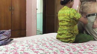 Desi older Randi sex with her client
