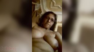 Lascivious Indian aunty exposing her bald pussy
