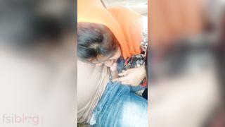 Bangladeshi Muslim beauty blowjob to her boyfriend in car