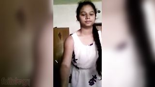 Cute Tamil college angel nude show video MMS