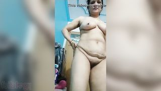 Excited exposed Desi housewife on live webcam clip