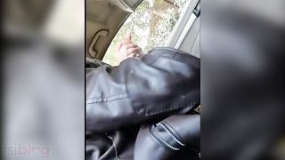 Paki college beauty blowjob to her bf in car