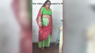 Dehati village pussy show MMS movie