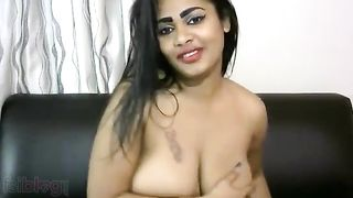 Indian chubby doxy teasing her client throughout live web camera