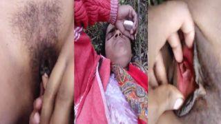 Dehati fur pie fingering outdoors video