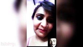 Sonia Bhabhi boob show on a video call
