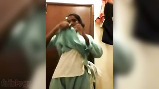 Tamil stripped baths movie scene discharged in a hotel room