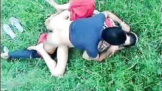 Pakistani outdoor sex movie scene dripped on the net