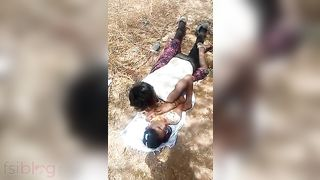 Dehati viallage babe fucking outdoors XXX MMS sex video