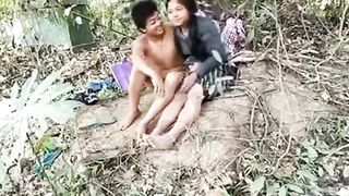 Sexy Indian Aunty outdoor fuck while husband is not at home