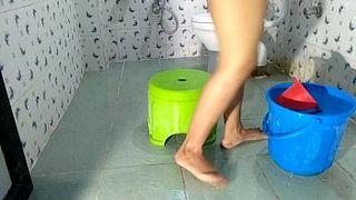 Sluty Indian House Wife Fucked By Devar In Bathroom XXX Sex