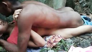 Shy indian babe fuck in outdoor! Threesome Desi MMS sex scandal video