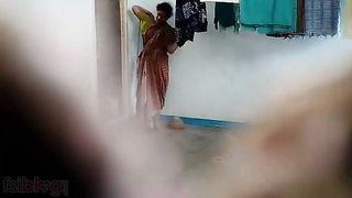 Indian Hidden video on south Indian bhabhi