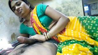 Indian village sex - Bhojpuri handjob and blowjob