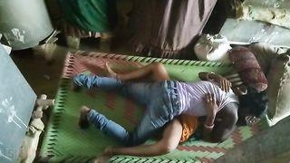 Hidden cam Bihari wife cheats husband!  indian XXX sex video