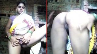 Indian XXX video of naughty college girls taking nude selfies