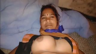 Hot Pakistani sex with my mature plump office assistant