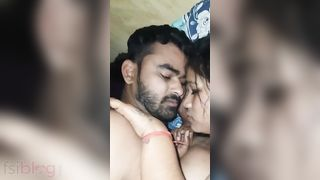 Hindi Couple Sex Вuring Menstruation Video With Hindi Audio
