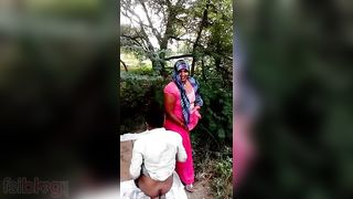 MMs Indian sex leaked onlane - Couple Fucking In Forest