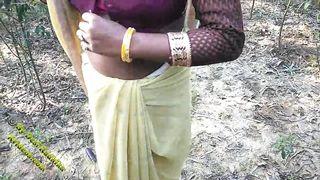 Indian Outdoor Desi Sex In Jungle