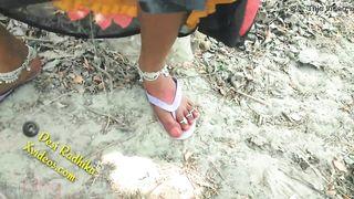Desi Indian Outdoor Jungle Sex In Saree