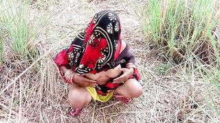 धान के खेत मे सासुर जी ने जबरदस्ती चोद दिया