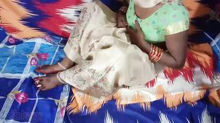 रंडी की रशीली चुत का पानी निकाल दिया पेल के हिंदी में अश्लील