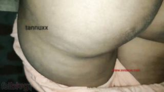 Self-isolated guy comes to the Desi girlfriend for XXX amusement