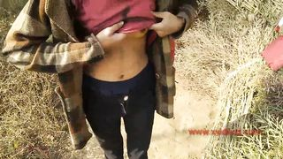Slim Desi gal and her BF have outdoor quickie in XXX doggystyle pose
