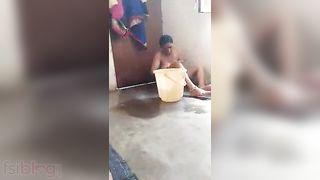 Aged bhabhis naked MMS baths movie scene captured by Devar