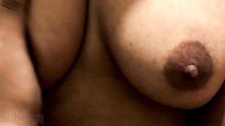 Breasty Indian aunty Indian sex MMS recent video
