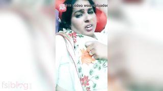Dehati Bhabhi boob show on live livecam MMS movie scene
