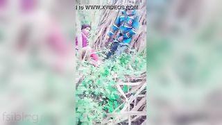 Outdoor Desi floozy sex got caught on webcam
