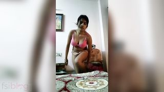 Desi Hindi sexy episode of a marvelous Indian cutie