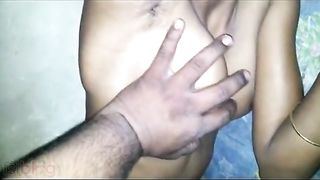 Desi viral MMS video of an Indian angel exposing her in nature's garb body
